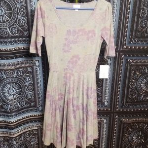 🆕️🌺LULAROE NICOLE DRESS SZ SMALL
